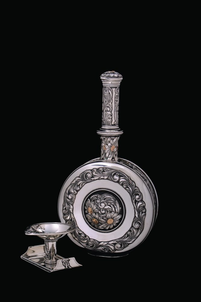 Scott Hardy decanter